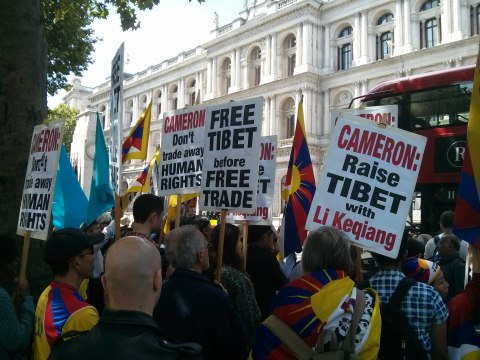 Free Tibet protesters urging David Cameron to speak out for justice